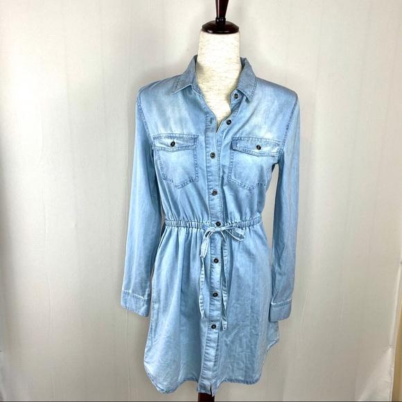 Love Tree Dresses & Skirts - Love Tree Denim Shirt Dress Size Small